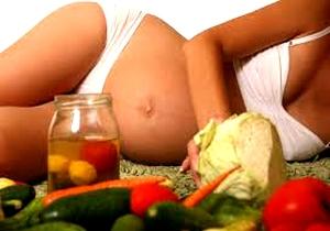 Специалисты клиники INTO-SANA предупреждают: Токсикоз во время беременности  -   диатез у ребёнка
