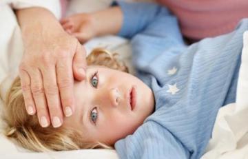 Чем опасно самолечение ребенка: когда недопустимо пренебрегать походом к педиатру