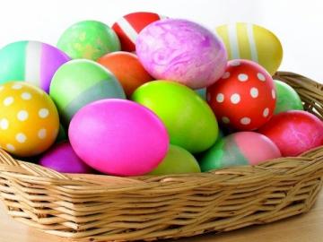 Как покрасить яйца на Пасху без вреда для здоровья?