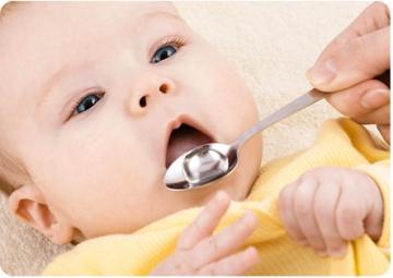 Вода для грудничка: когда и сколько малышу можно пить жидкости?