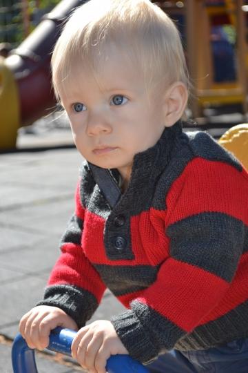 Когда и как отучать ребенка от груди?