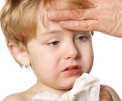Выбираем противовирусные свечи для лечения простуды у ребенка